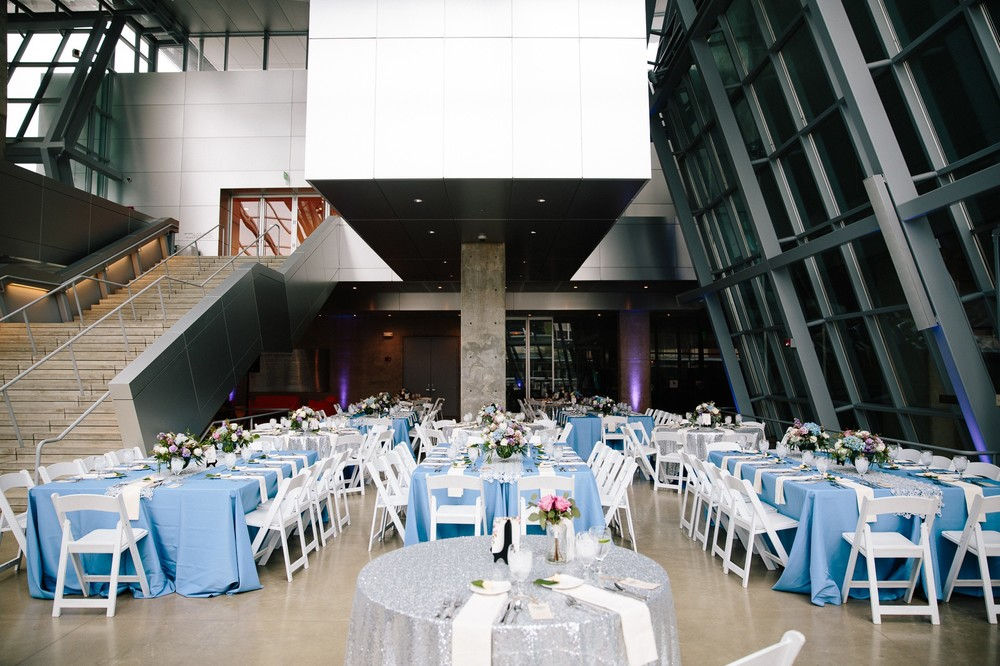 Akron Art Museum Wedding Photographer 40.jpg