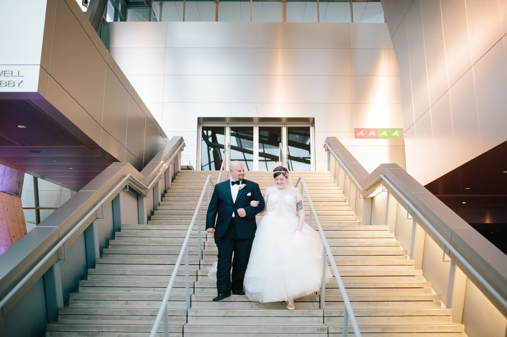 Akron Art Museum Wedding Photographer 43.jpg