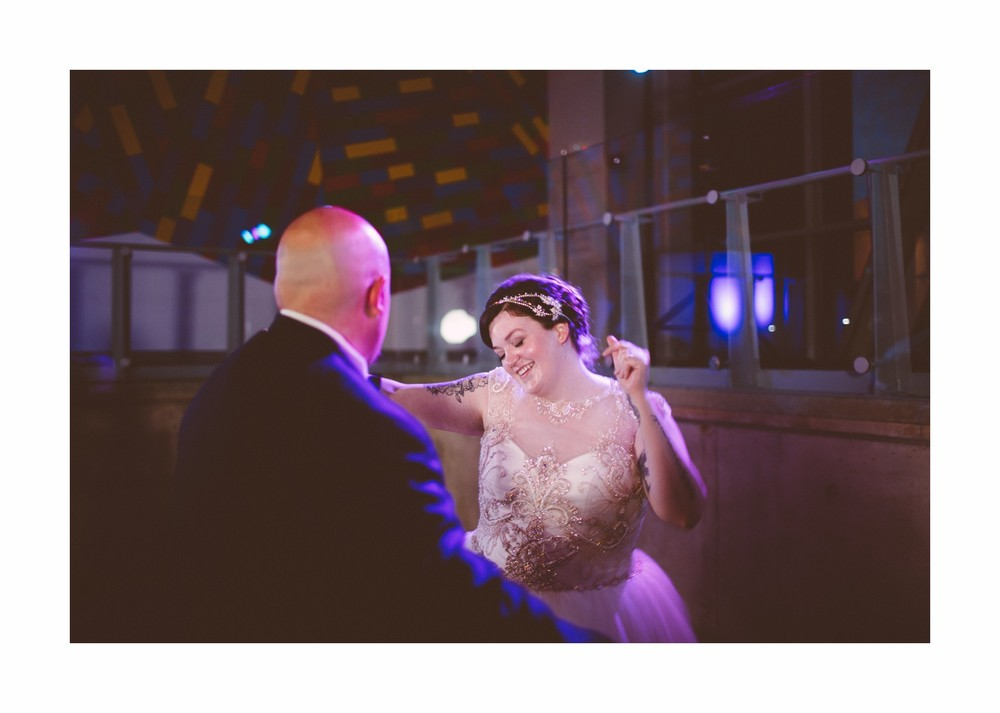 Akron Art Museum Wedding Photographer 50.jpg