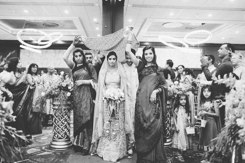 Indian Wedding Photographer in Cleveland at the Westin Hotel 49.jpg