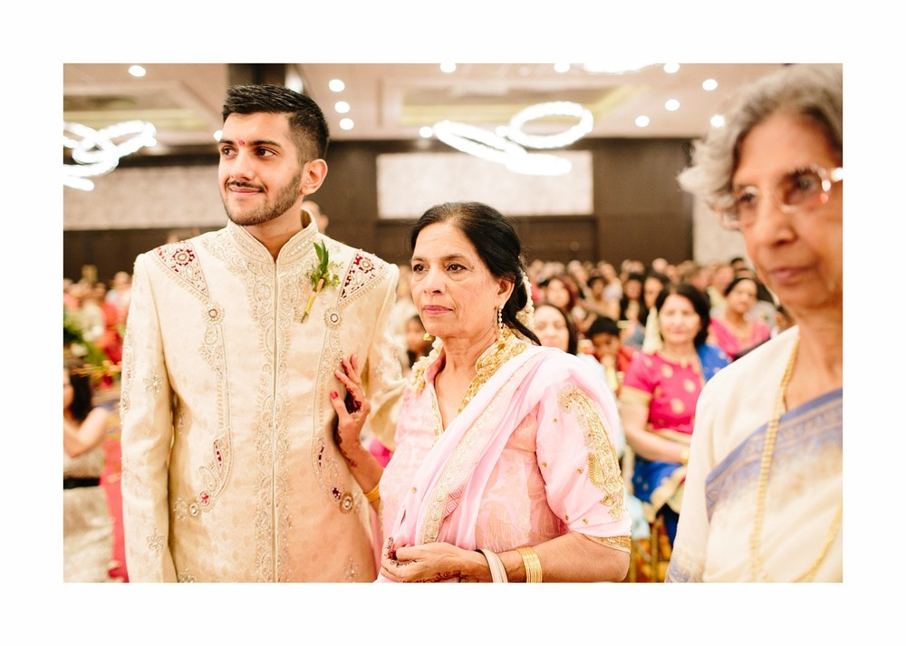 Indian Wedding Photographer in Cleveland at the Westin Hotel 51.jpg