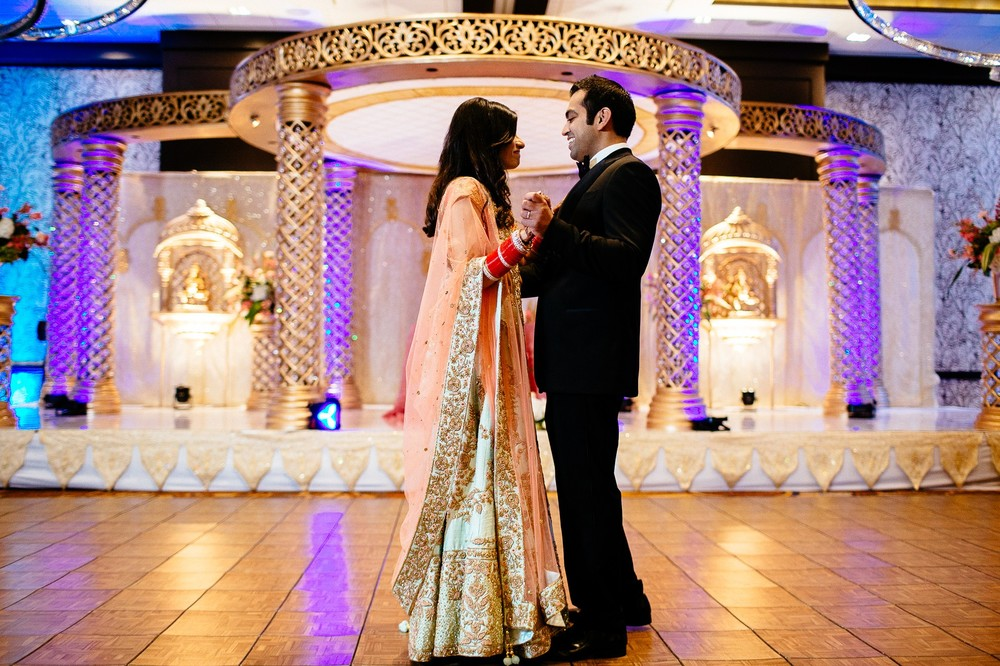 Indian Wedding Photographer in Cleveland at the Westin Hotel 113.jpg