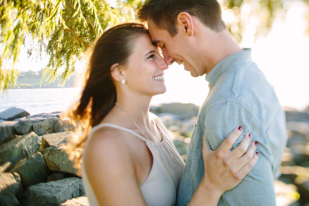 Lake Erie Cleveland Wedding and Engagement Photographer 8.jpg