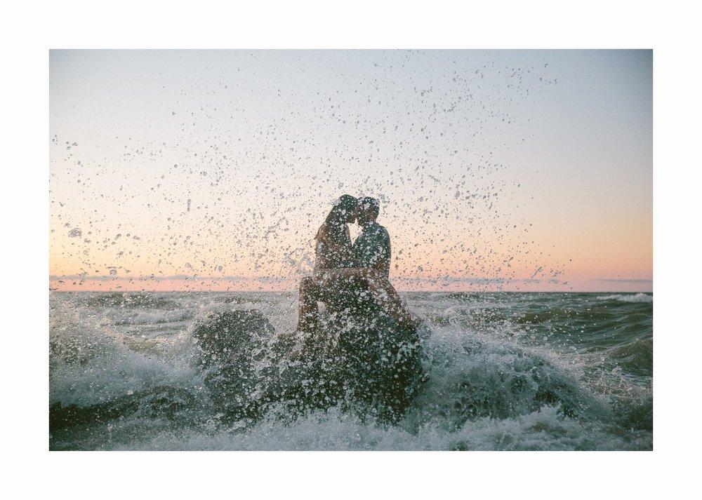 Lake Erie Cleveland Wedding and Engagement Photographer 24.jpg