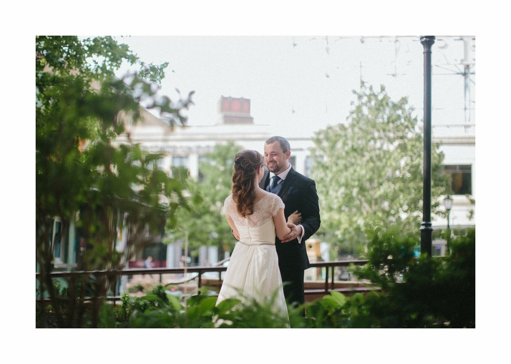 Cleveland Wedding Photographer at the Wyndham Hotel in Playhouse Square 12.jpg