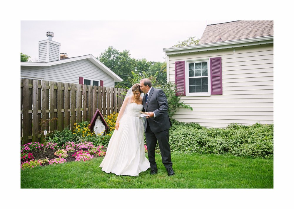 Mapleside Farm Barn Wedding Photographer in Cleveland 15.jpg