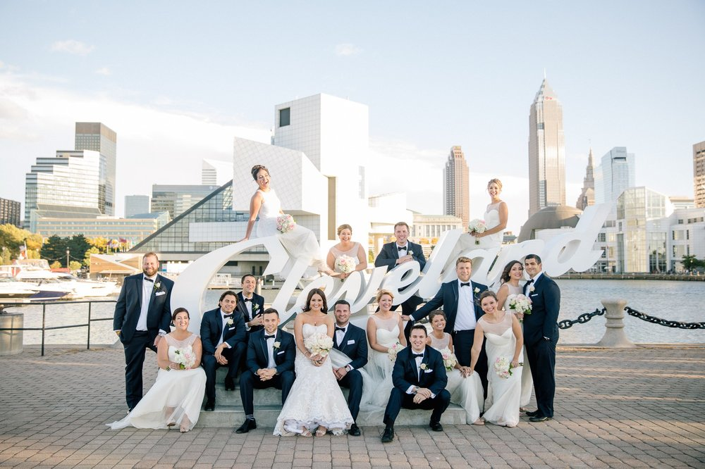 The Old Courthouse Wedding Photographer in Cleveland 55.jpg