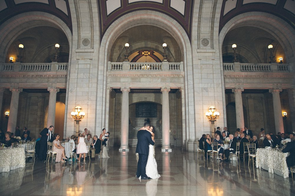 The Old Courthouse Wedding Photographer in Cleveland 73.jpg