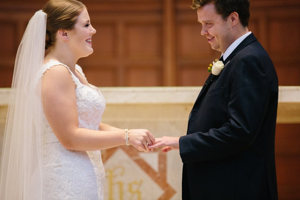 Cleveland Wedding Photographer at St. Christophers in Rocky River 20.jpg