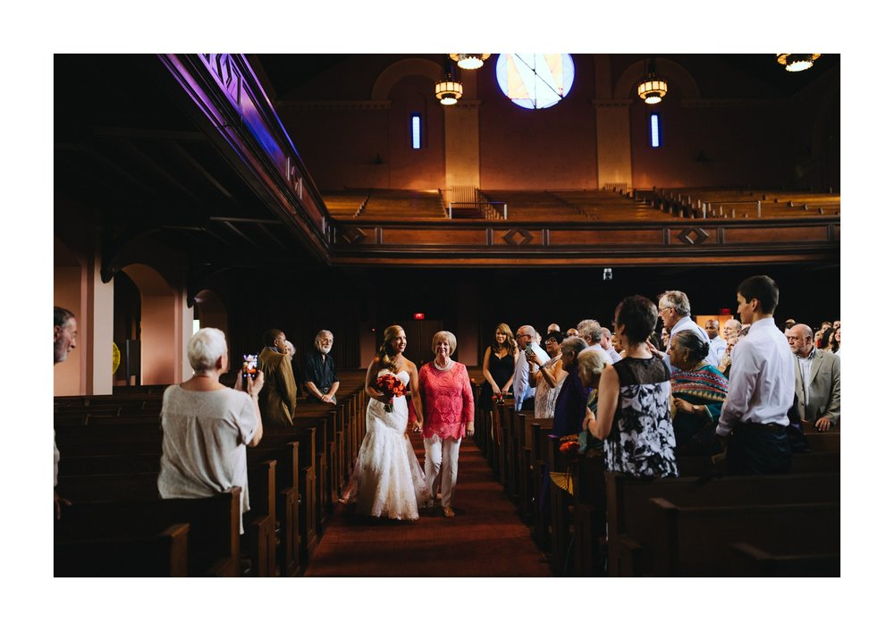 Oberlin Wedding Photographer at Finney Chapel 19.jpg