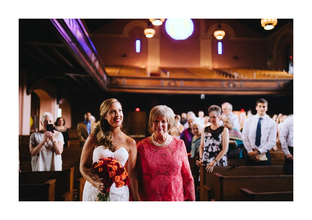 Oberlin Wedding Photographer at Finney Chapel 20.jpg