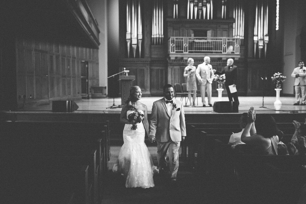 Oberlin Wedding Photographer at Finney Chapel 28.jpg