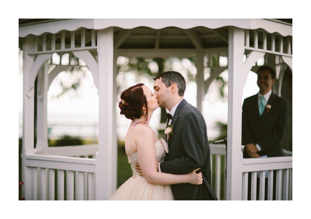 Vermilion on the Lake Wedding Photographer 39.jpg