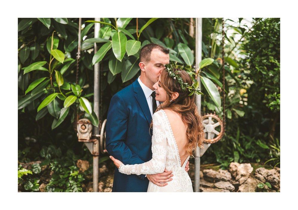 Ariel International Center Wedding Photographer in Cleveland 16.jpg