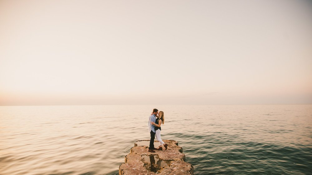 Lake Erie Engagement Shoot by the Beach 19.jpg