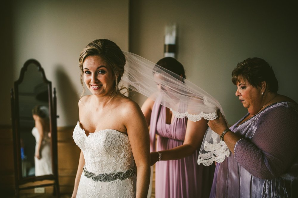 Cleveland Wedding Photographer at the Ritz Carlton Hotel 13.jpg