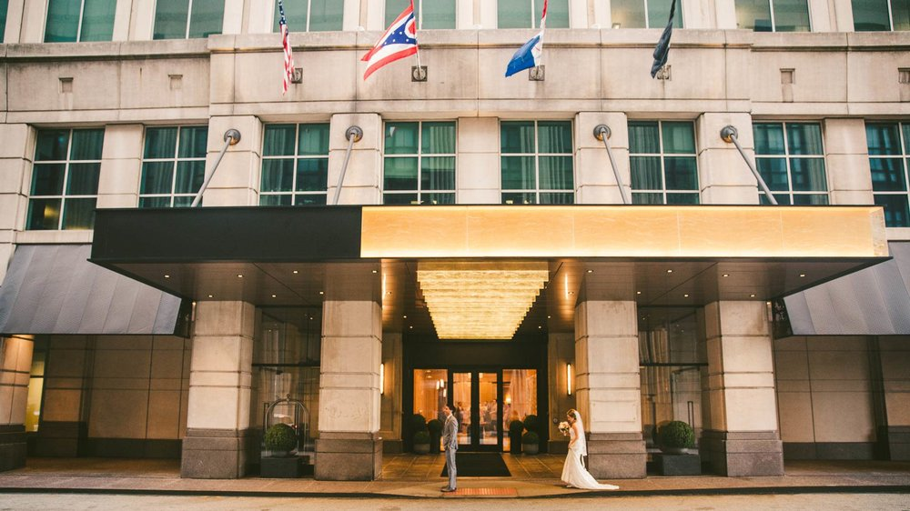 Cleveland Wedding Photographer at the Ritz Carlton Hotel 19.jpg