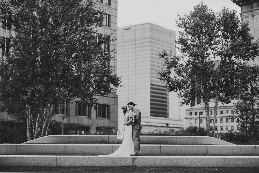 Cleveland Wedding Photographer at the Ritz Carlton Hotel 26.jpg