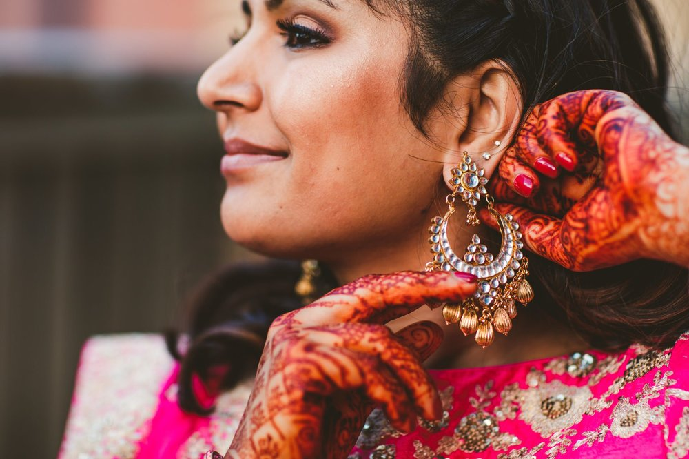 Columbus Indian Wedding Photographer at the Renaissance Hotel 24.jpg