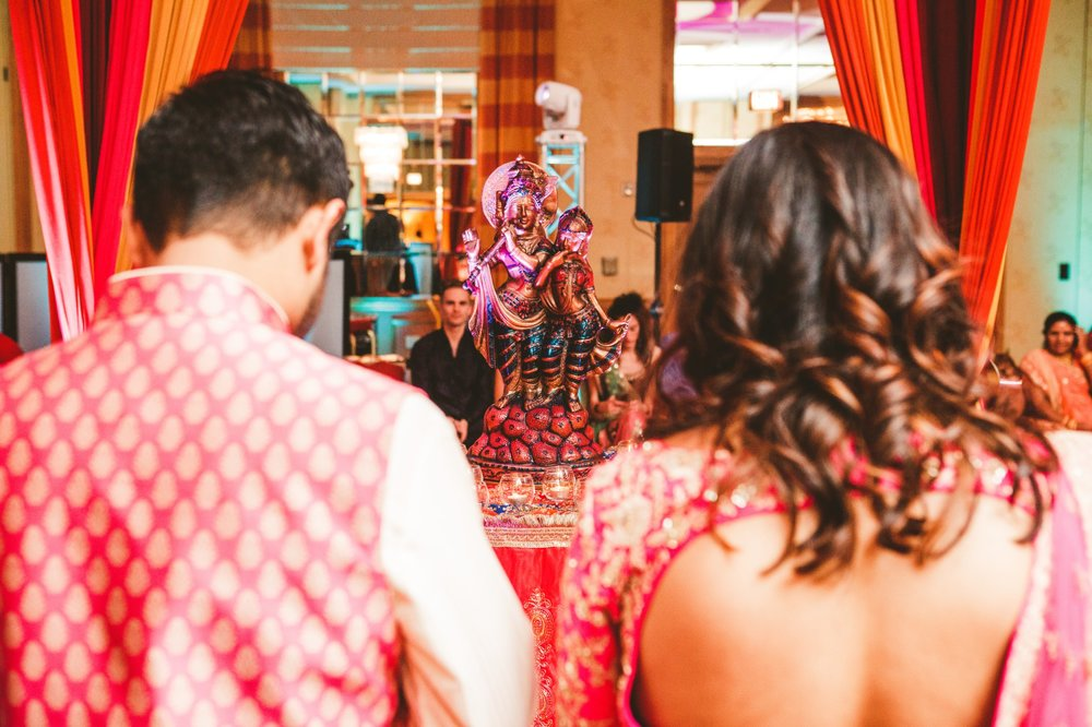 Columbus Indian Wedding Photographer at the Renaissance Hotel 36.jpg