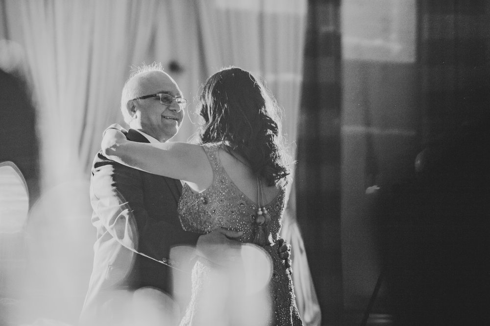 Columbus Indian Wedding Photographer at the Renaissance Hotels 2 28.jpg