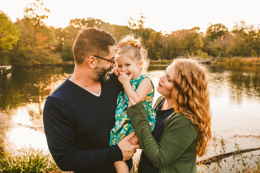 Lakewood Family Fall Portrait Photographer 19.jpg