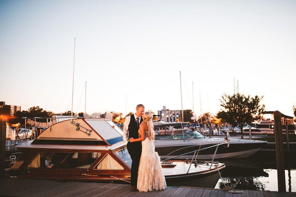 Sandusky Yacht Club Wedding Photographer 2 37.jpg