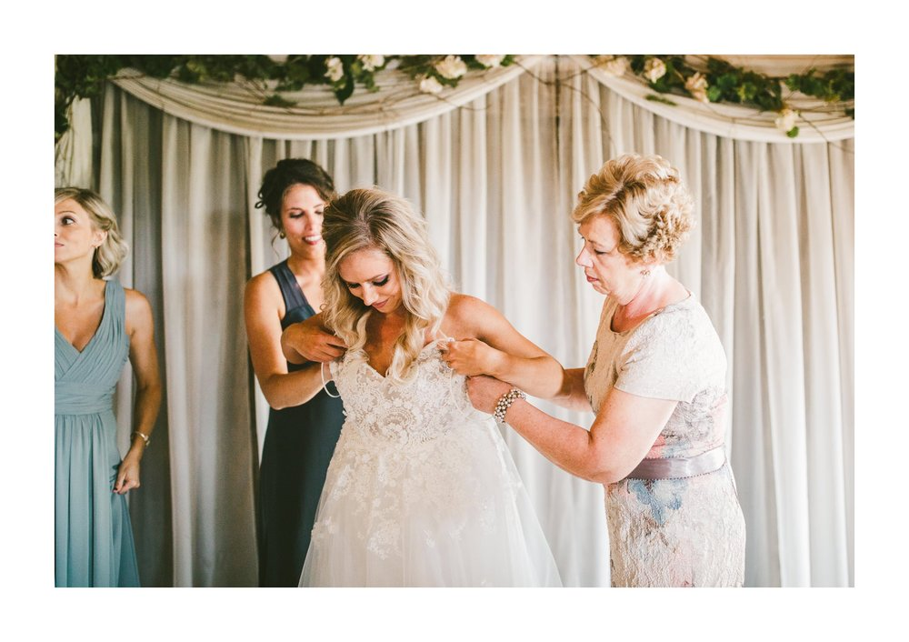 Gish Barn Rustic Chic Wedding Photographer in Ohio 15.jpg