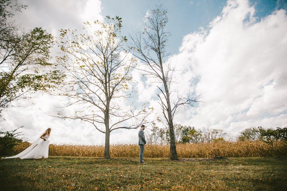 Gish Barn Rustic Chic Wedding Photographer in Ohio 32.jpg
