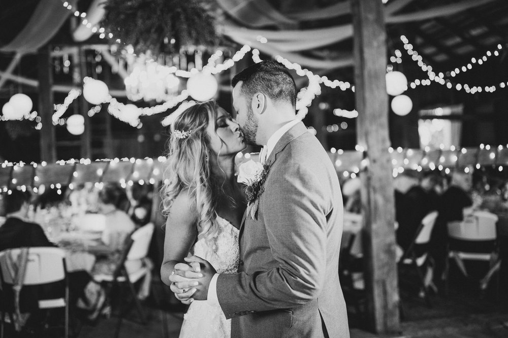 Gish Barn Rustic Chic Wedding Photographer in Ohio 113.jpg
