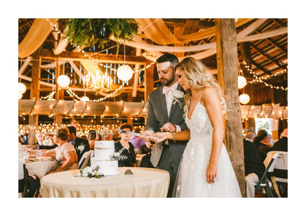 Gish Barn Rustic Chic Wedding Photographer in Ohio 116.jpg