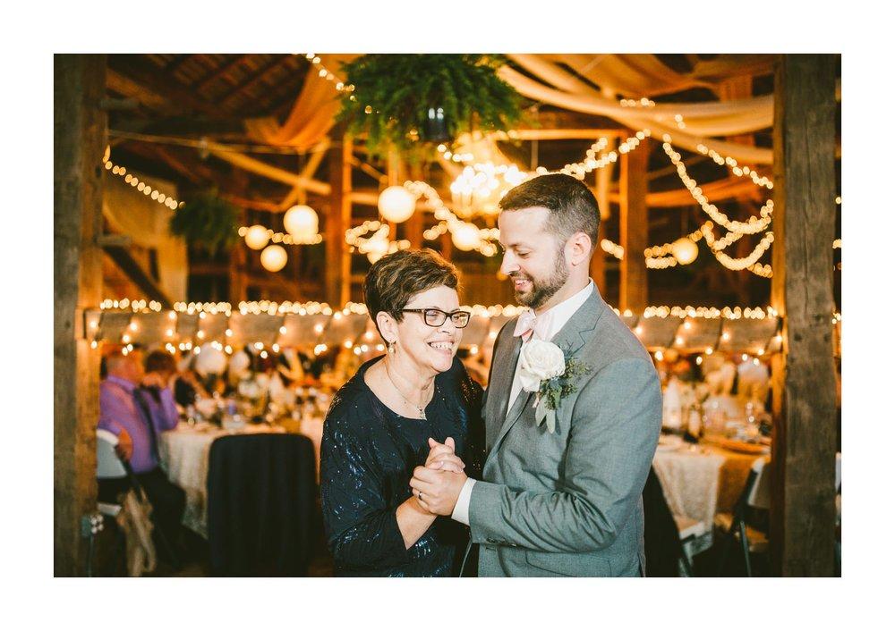 Gish Barn Rustic Chic Wedding Photographer in Ohio 127.jpg