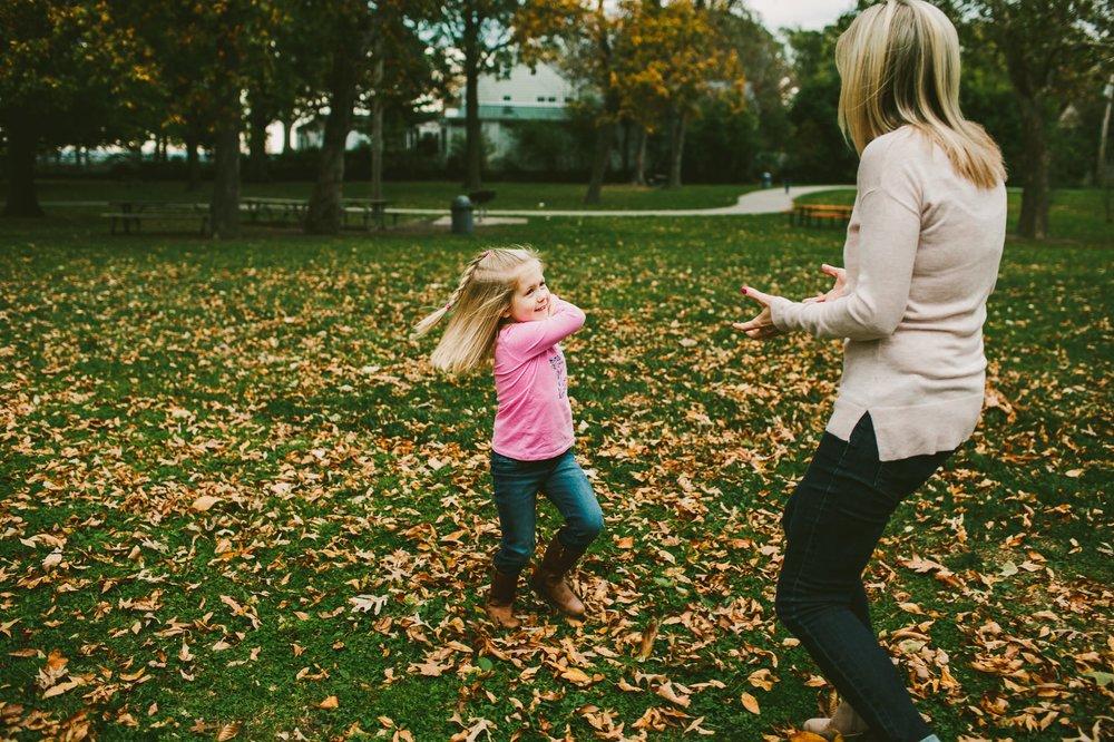 Lakewood Ohio Engagement Photographer Fall Photos 4.jpg