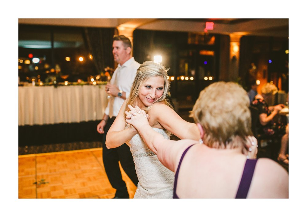 Firestone Country Club Wedding Photographer in Akron 83.jpg