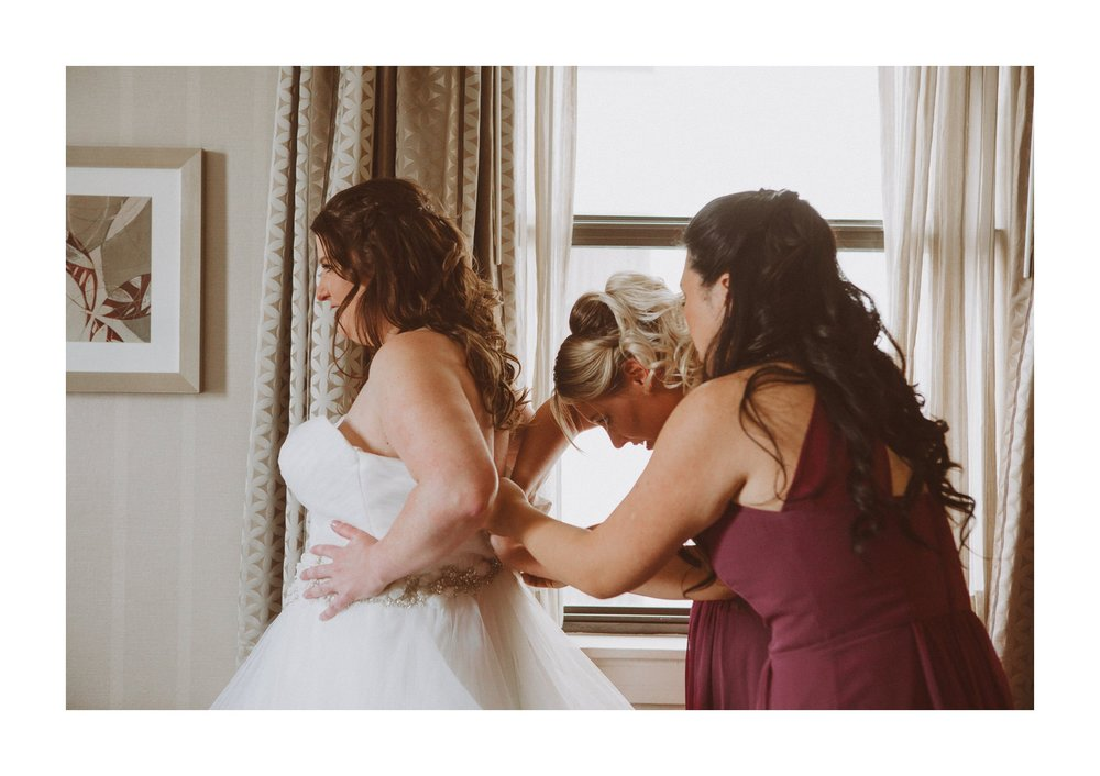Renaissance Hotel Wedding Photographer 21.jpg