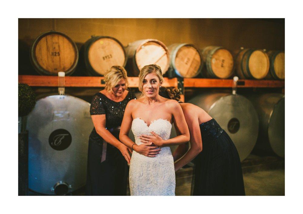 Thorncreek Winery Wedding Photographer in Aurora 7.jpg