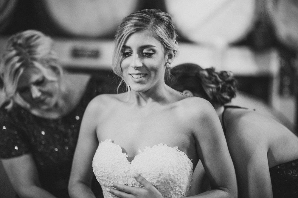 Thorncreek Winery Wedding Photographer in Aurora 8.jpg