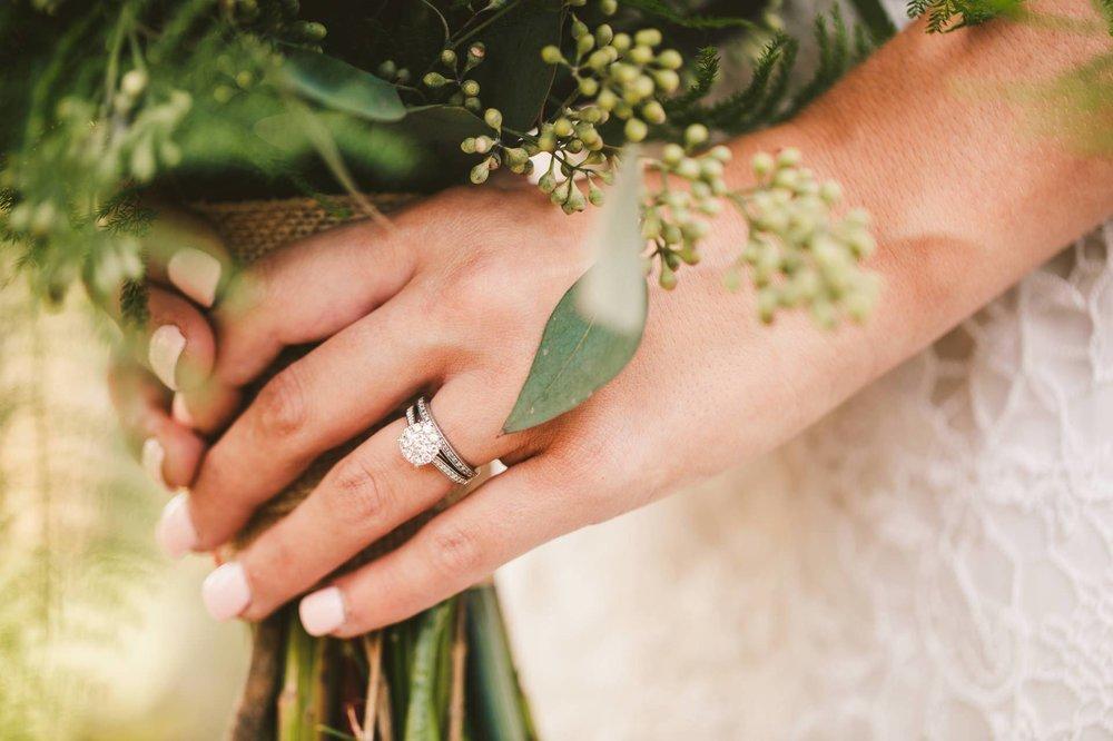 Thorncreek Winery Wedding Photographer in Aurora 43.jpg