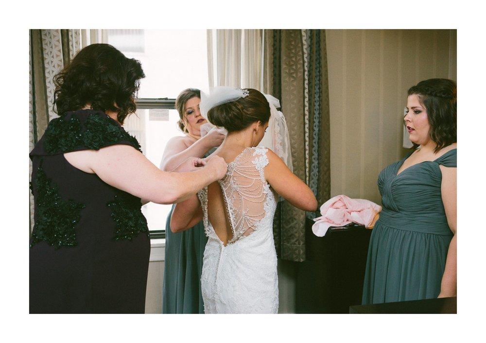 Renaissance Hotel Cleveland Wedding Photographer 20.jpg