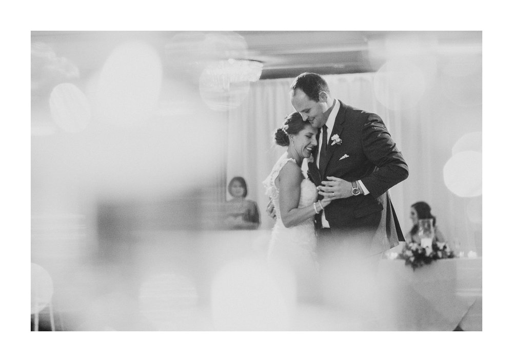 Renaissance Hotel Cleveland Wedding Photographer 105.jpg