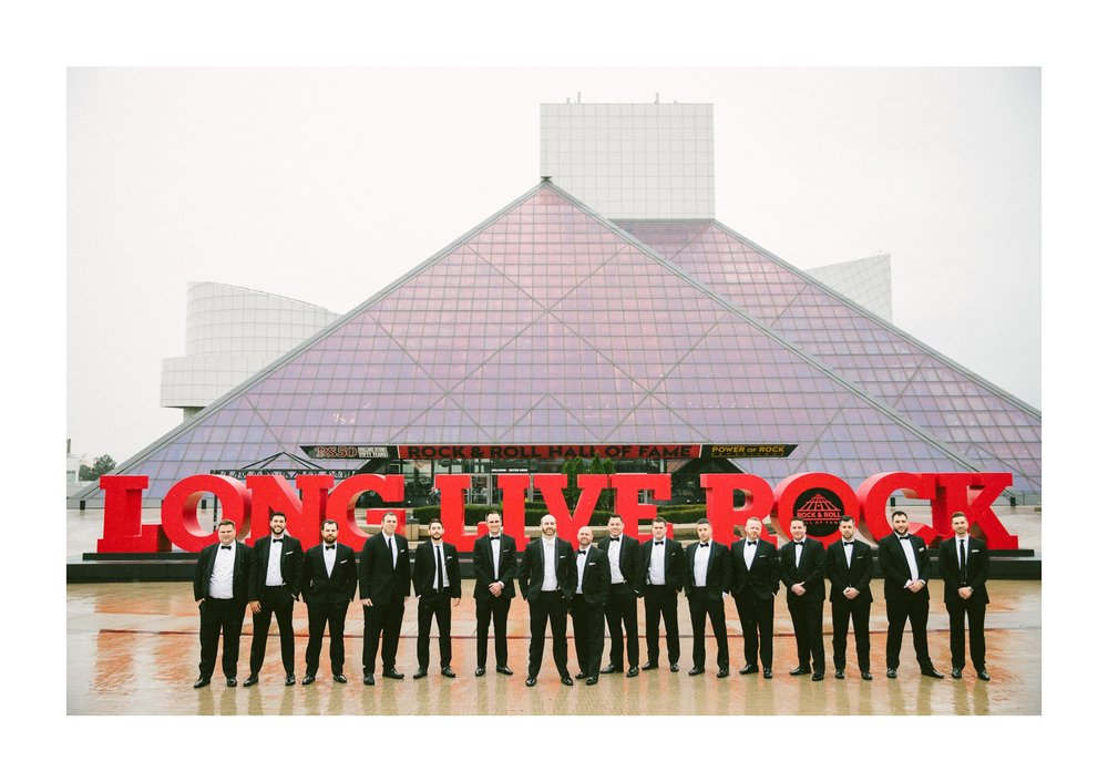 Renaissance Hotel Cleveland Wedding Photographer 17.jpg