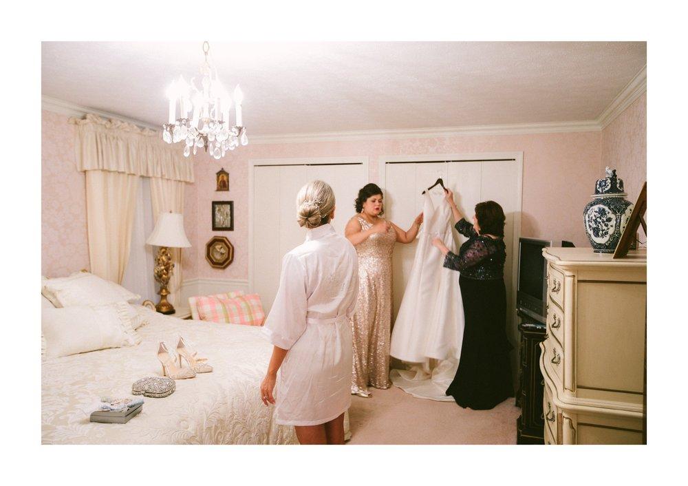 Renaissance Hotel Cleveland Wedding Photographer 21.jpg