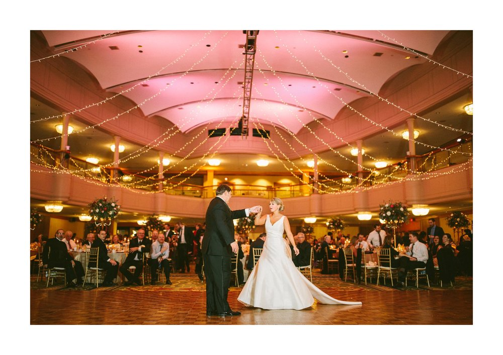 Renaissance Hotel Cleveland Wedding Photographer 75.jpg