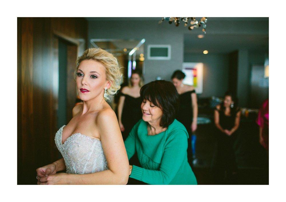 Westin Hotel Wedding Photographer in Cleveland 15.jpg