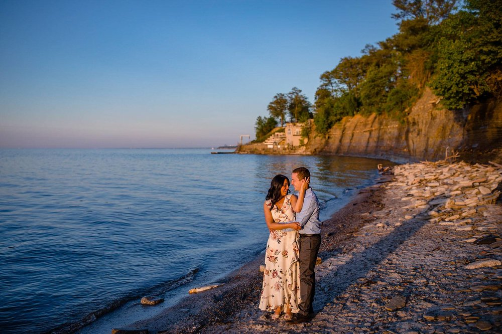 Cleveland Edgewater Beach Engagement Session 13.jpg