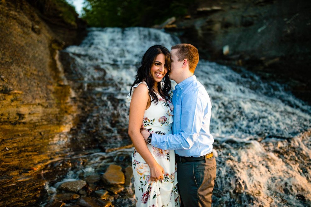 Cleveland Edgewater Beach Engagement Session 17.jpg