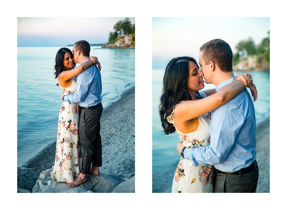 Cleveland Edgewater Beach Engagement Session 27.jpg