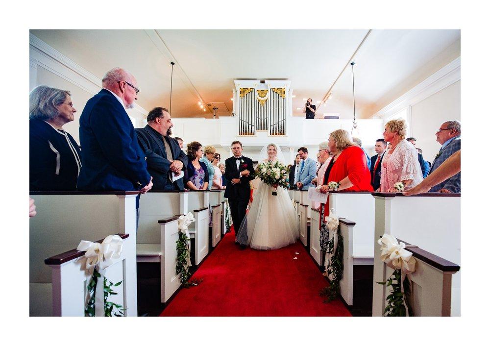 Canterbury Golf Club in Beachwood Wedding Photographer 21.jpg