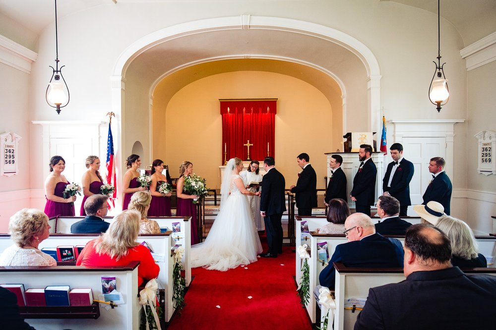 Canterbury Golf Club in Beachwood Wedding Photographer 25.jpg