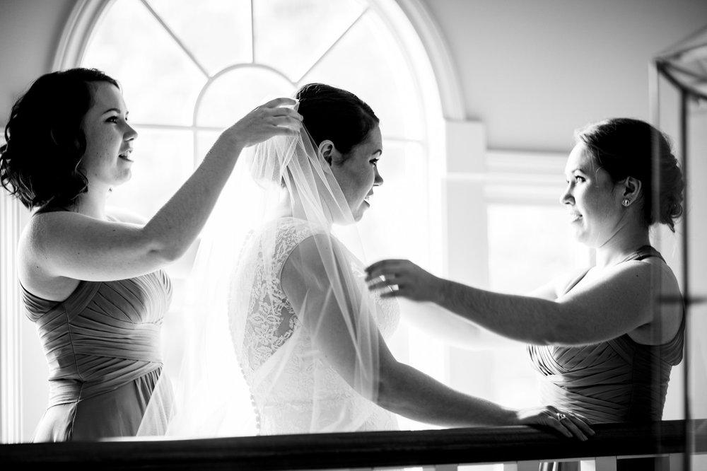 Renaissance Hotel Cleveland Wedding Photographer 14.jpg